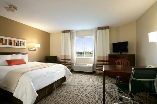 Hawthorn Suites by Wyndham Charlotte - Executive Center - Charlotte - Bedroom