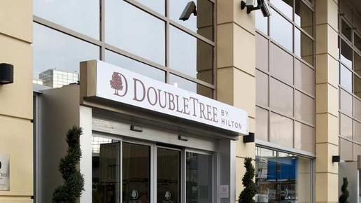 DoubleTree by Hilton Hotel London - Victoria - London - Building