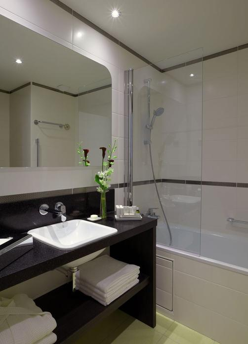 Citadines Tour Eiffel Paris - Paris - Bathroom