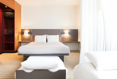 Suite Novotel Paris Porte de Montreuil - Paris - Bedroom