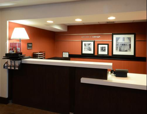 Hampton Inn Raleigh-Capital Blvd. North - Raleigh - Lobby